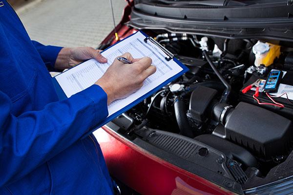 Wartung und Inspektion Service für Ihr Auto